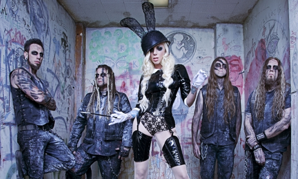 maria-brink-in-this-moment1